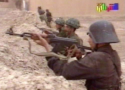 A Fedayeen Saddam egyik tagja
